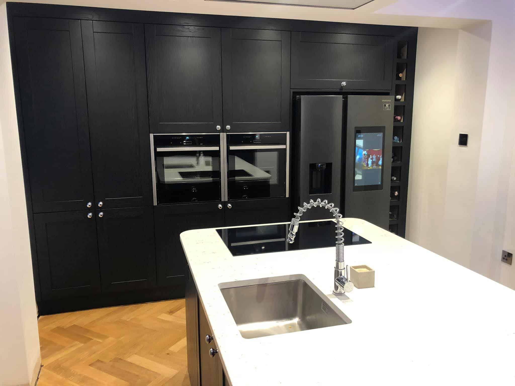 Shaker Kitchen - Appliances Close Up